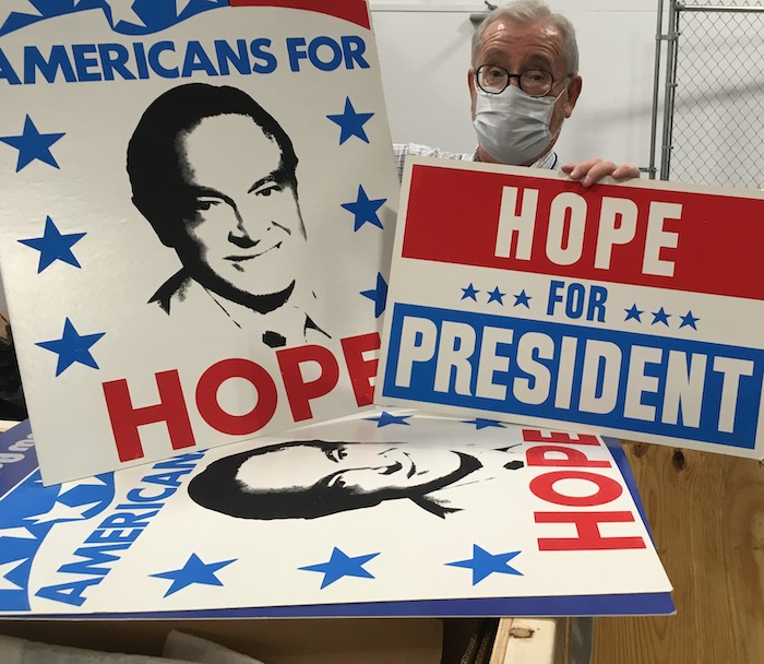 From cue cards to river water, Bob Hope saved it. Now it's UF's turn.